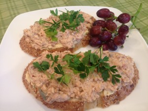 Easy Salmon Tartine