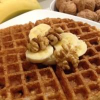 banana oat waffles with walnuts