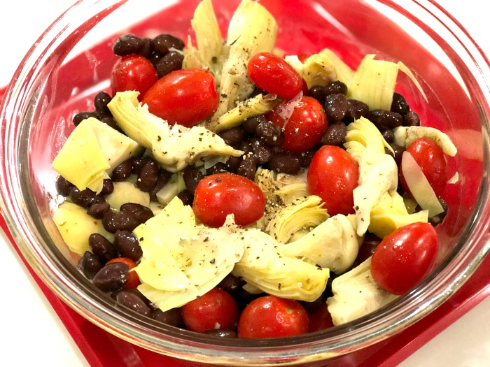 artichoke salad with black beans and tomatoes