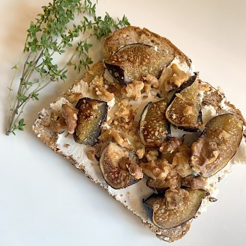 Roasted fig and goat cheese toast